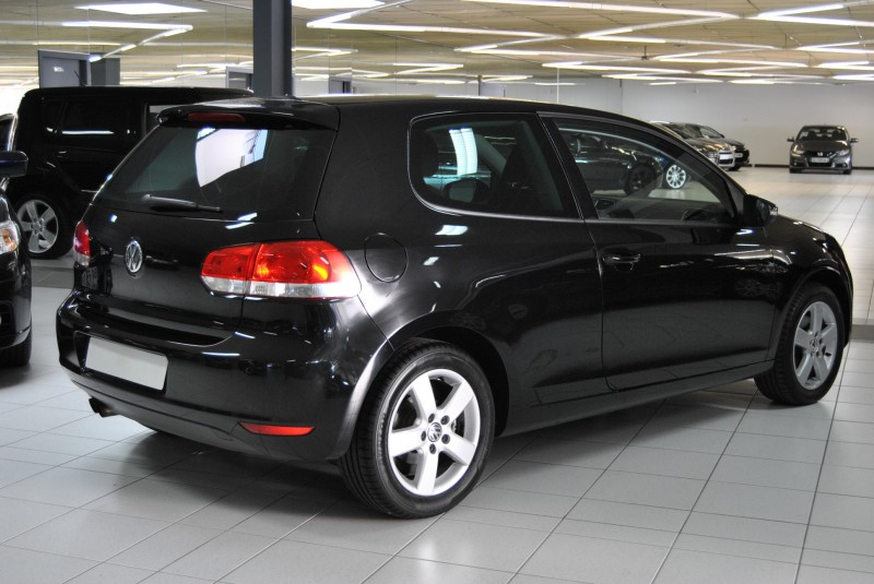 vw golf 6 tsi 122 ch confortline 3 portes noir automobiles schumpp. Black Bedroom Furniture Sets. Home Design Ideas